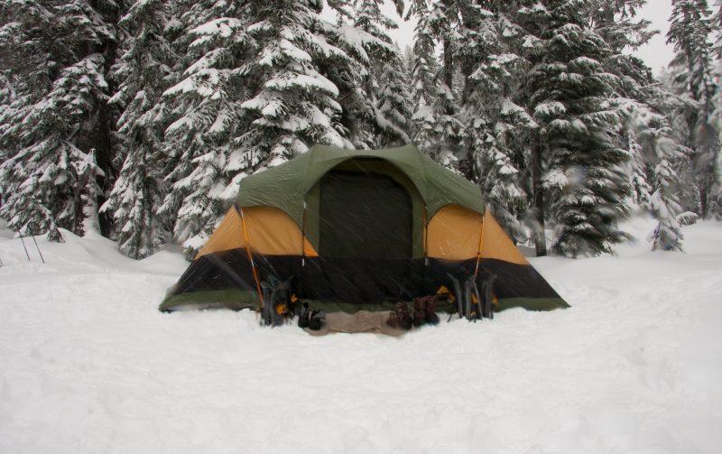 tent-1209076_1920